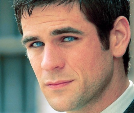 eddie cahill -ANY DAY OF THE WEEK...WOW