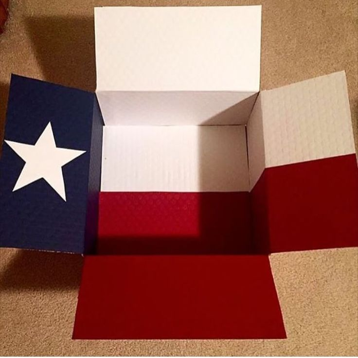 Texas state flag care package - large flat rate box - featured on @maureenzaragoza Instagram account, @CreativeCarePackages :) Made by @krity_cent