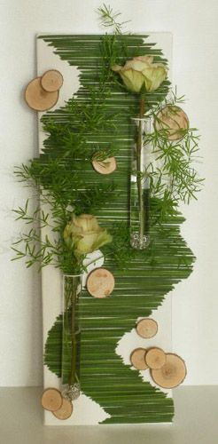 Soooo cool! bring the outdoors in, easy project, natural artwork http://www.decor4all.com/unusual-flower-arrangements-wall-decorations-craft-ideas/6609/