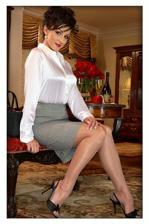 The perfect blouse and pose | strict office attire bondage ...