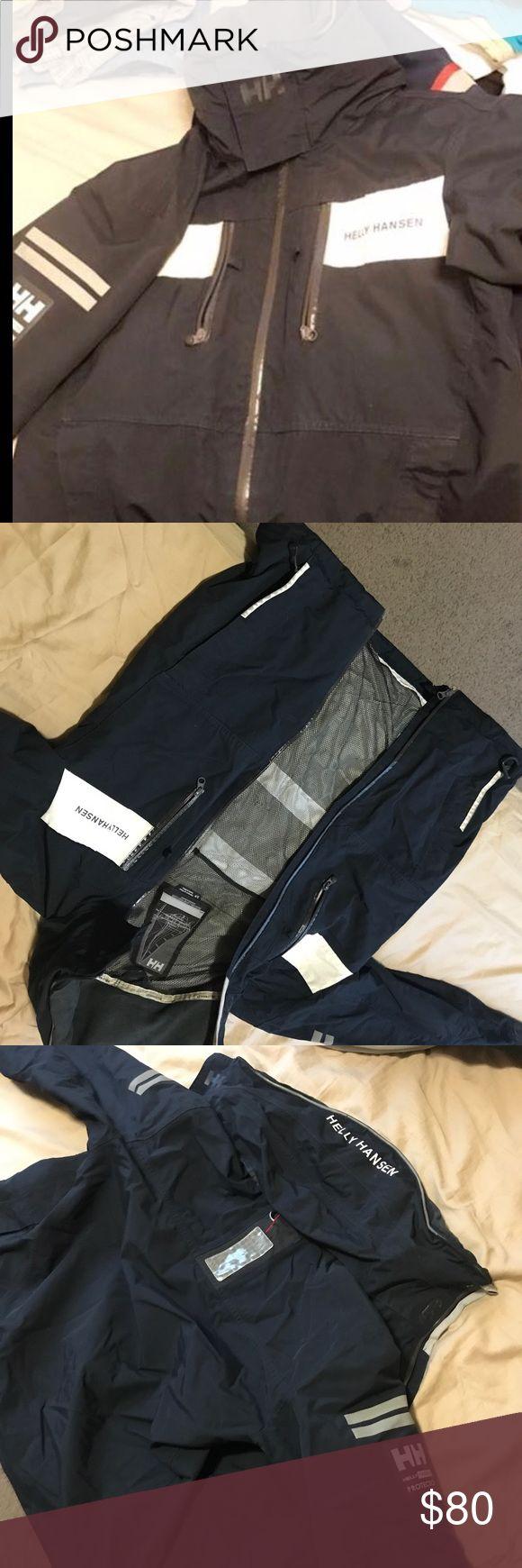 Helly Hansen jacket Size small Helly Hansen Jackets & Coats