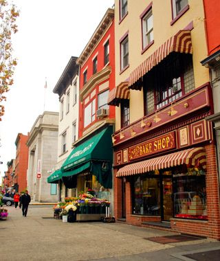 Another main street to visit - this one in Hoboken, NJ where Carlo's Bake Shop (made famous by Cake Boss) makes great cakes and cannolis.
