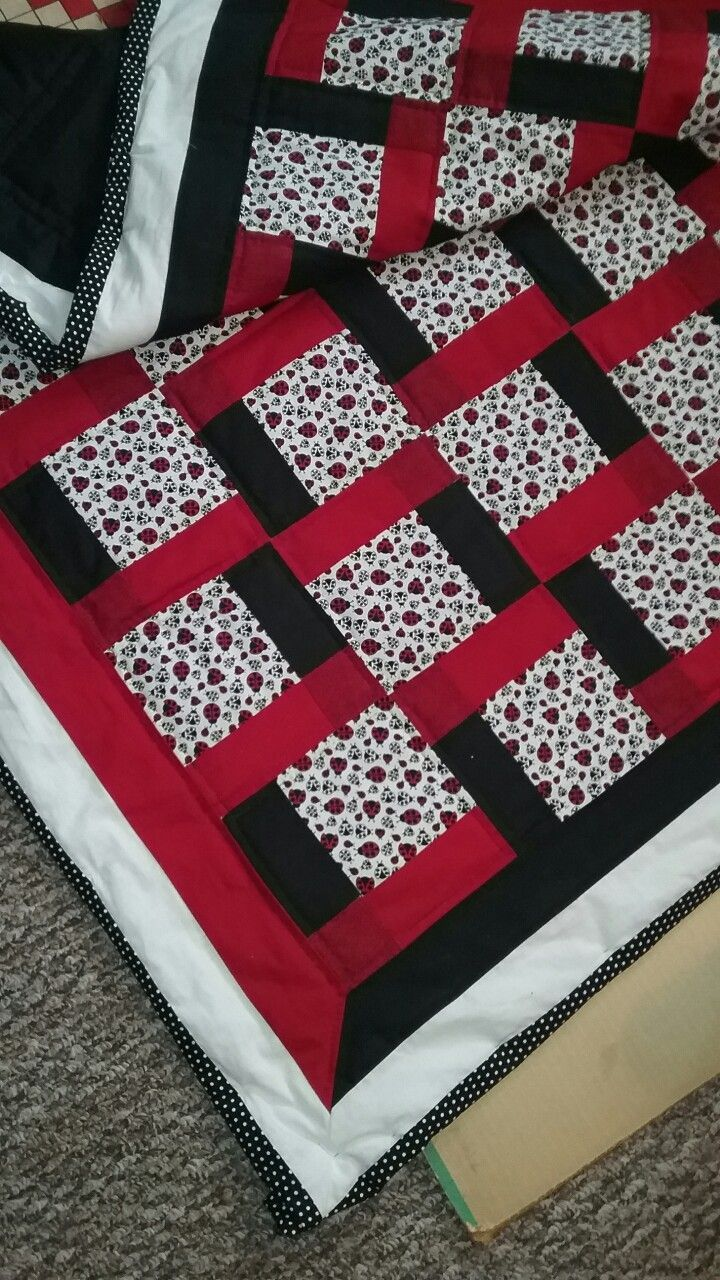 Patriotic feel for a veteran's donation quilt made for Bristol Hospice in Oregon…