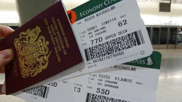 The Best Time and Time of Day to Book Airline Tickets