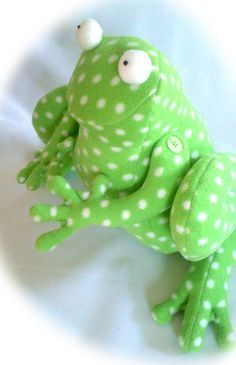 Ribbit the Fearless Frog - Toy / Door Stop / Welcome Gift / Spring Sign, Sewing Pattern and Tutorial