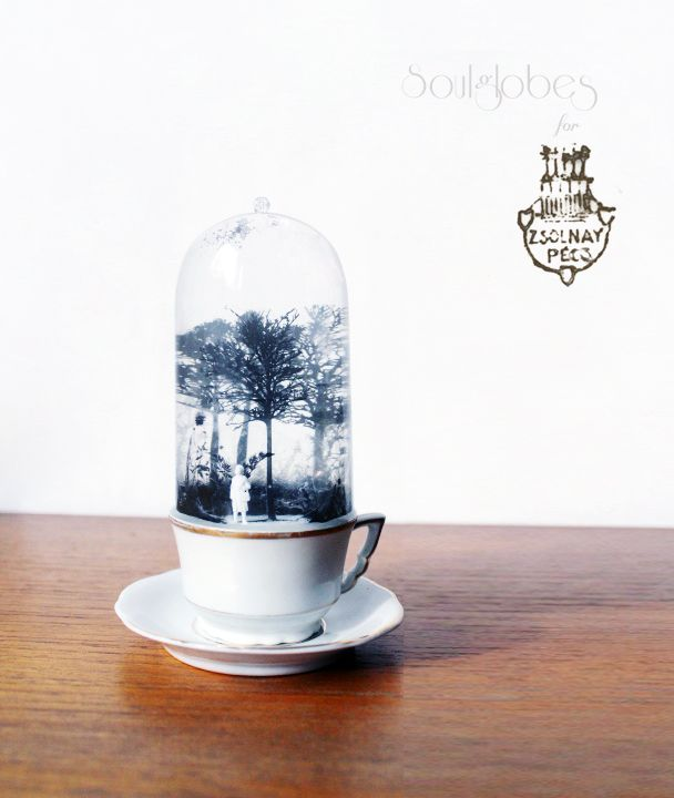 snow globe in Zsolnay cup