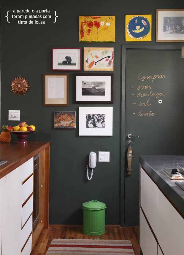 Agora elas estão por todos os lados, seja na parede da cozinha, sala de estar, quartos, lavabos e até mesmo no vaso de tempero e placas de identificação.