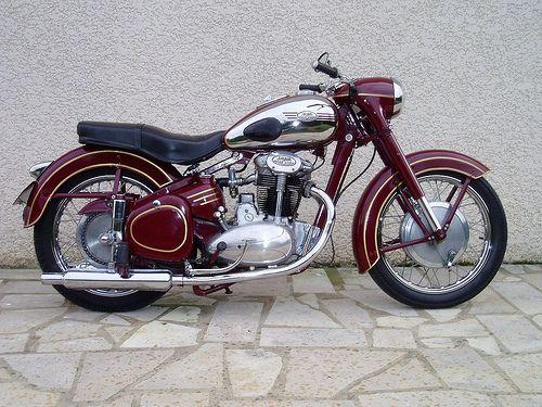 44 1950s Jawa 500cc twin | tasio205 | Flickr