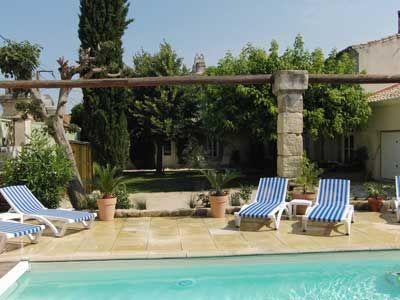 Piscine des Chambres d'hôtes à vendre à Generac dans le Gard