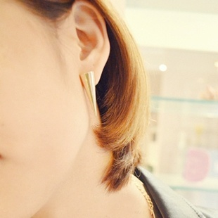 37. Light gold spikes stud earrings $3