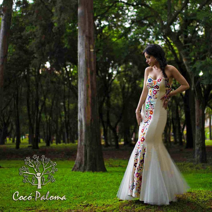 Novias Cocó Paloma.   #vestidosdenoviamexicanos #vestidosbordadosamano
