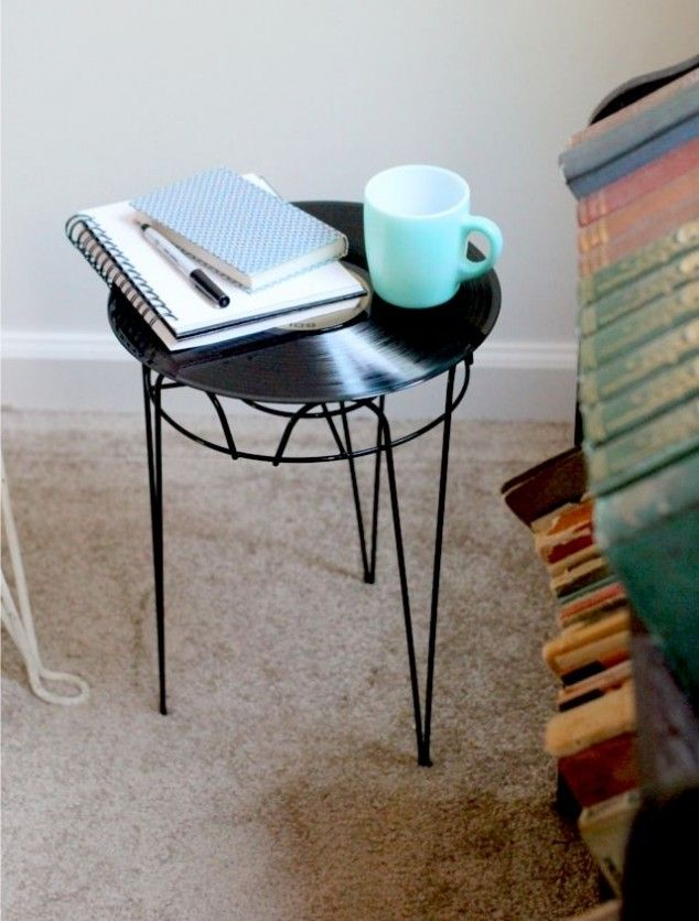 LP record side table - 20 DIY: Unique and Interesting Vinyl Record Projects
