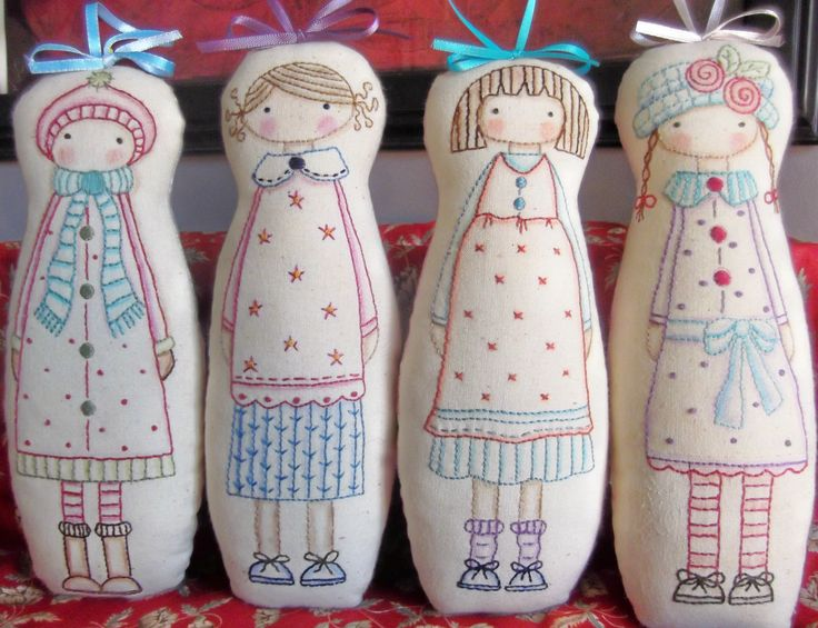 Pretty Maids all in a Row.... pattern by Annie Smith Designs .....Easy stitchery and minimal sewing ... Just right for little hands to hold.......