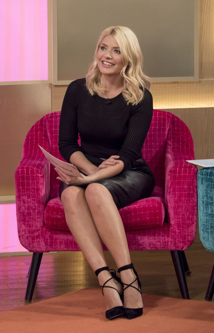 Holly Willoughby – This Morning February 2016