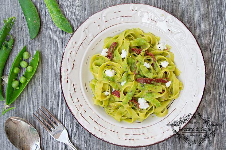Tagliatelle+primavera+con+pomodori+e+ricotta