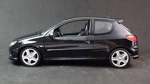 black peugeot 206