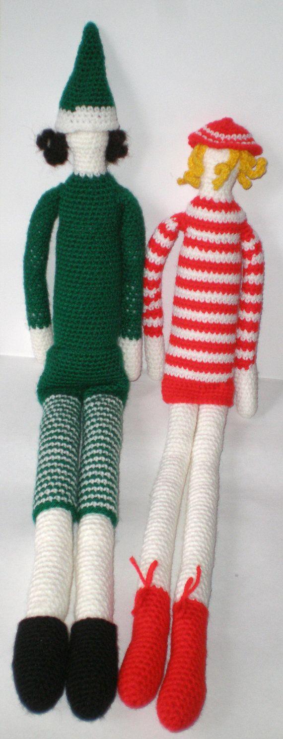 Elfi natalizi. Bambole amigurumi con gambe lunghe. Filato acrilico, imbottitura Polyfil. Lunghezza 56 cm