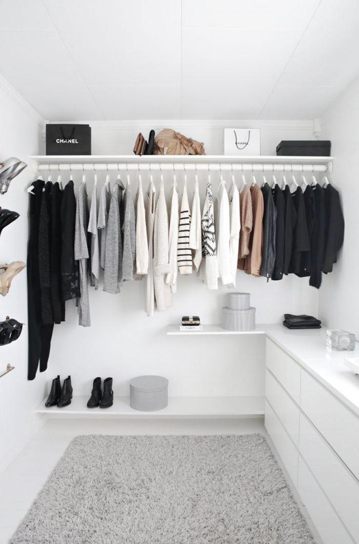Come organizzare l'armadio: istruzioni per l'uso