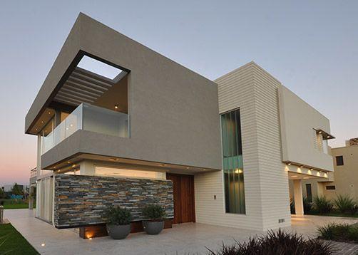 Alberto González + Asociados Arquitectos. Más info y fotos en www.PortaldeArquitectos.com