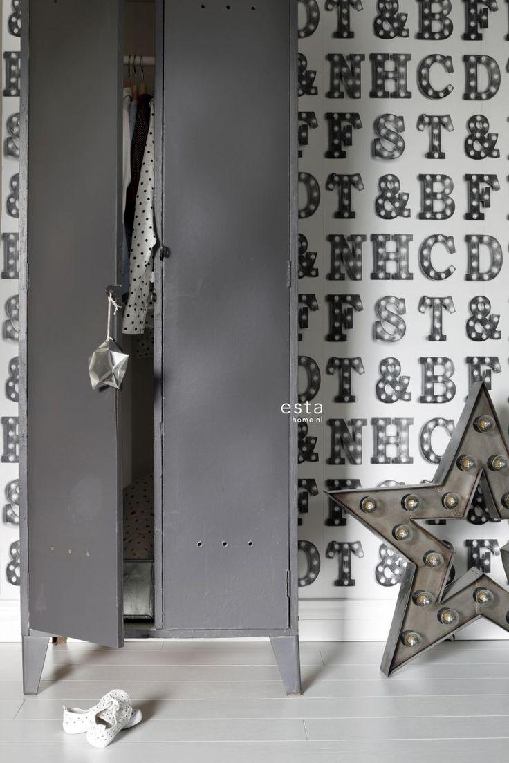17 migliori idee su carta da parati per camera da letto su pinterest tappezzeria a tema albero - Jongens kamer model ...