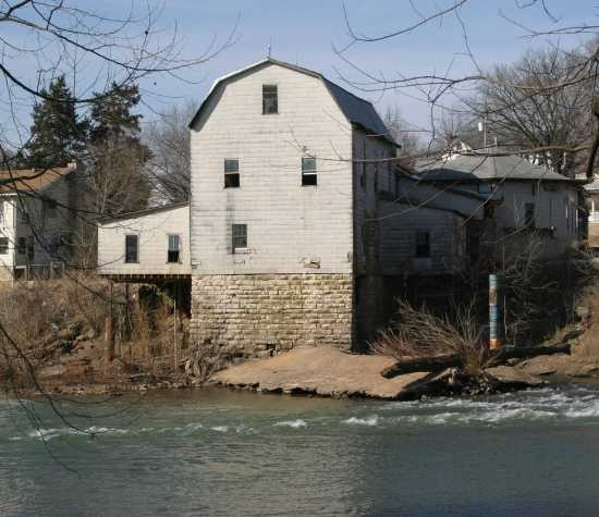 Swingers in byrnes mill missouri