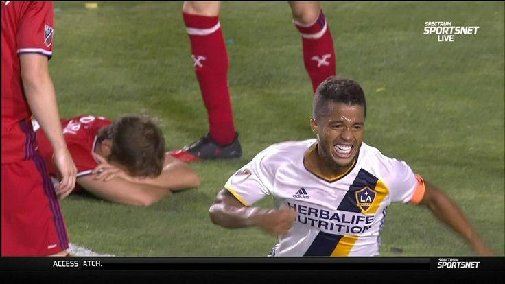 Dos Santos pulls LA Galaxy level