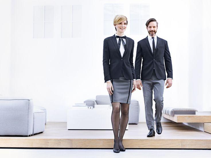 Hippe outfit voor representatieve functies. Luxe wol blend two tone combinatie met lederen accessoires. Collectie Suit Up corporate fashion 2016 www.suitupnow.nl