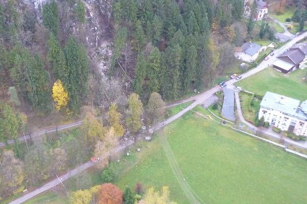 Tirol: Nach Felssturz bleibt Gemeindestraße voraussichtlich mehrere Wochen gesperrt