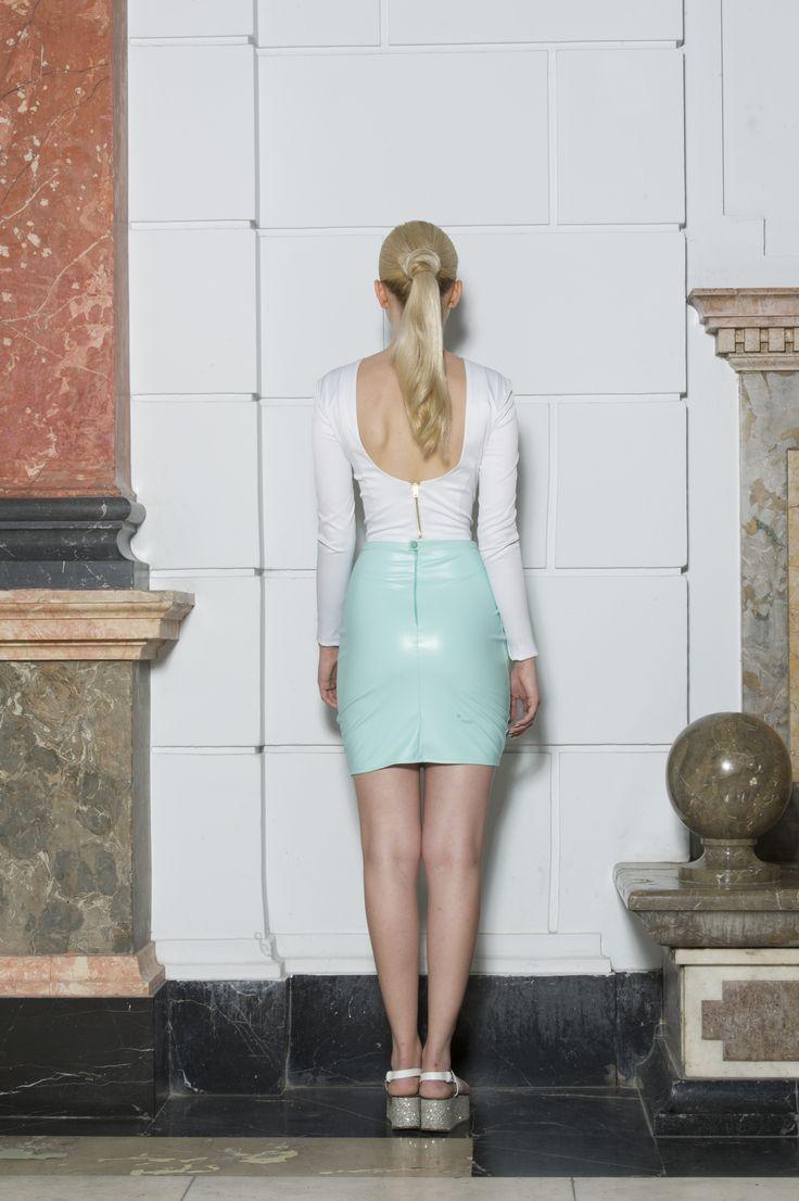 Clothes: FANNY NAGY Photo: Jácint Halász Smink: Rebeka Nagy Haj: Krasznár Zsolt Model: Cintia Kalász @Visage #fannynagy