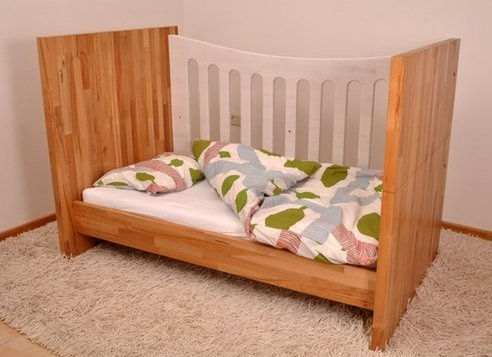 Wooden Crib Transforms into a Bed to Grow with Your Child