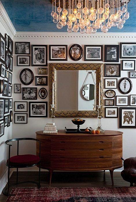 25 креативных идей для создания семейных настенных галерей / Домоседы