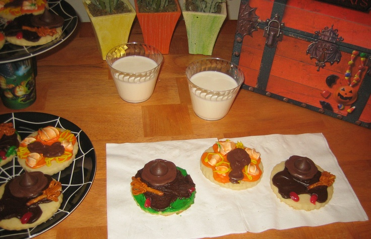 Unusually decorated Halloween Cookies. First there was the melted snowman cookie and now there's the melted witch and smashed pumpkin cookies