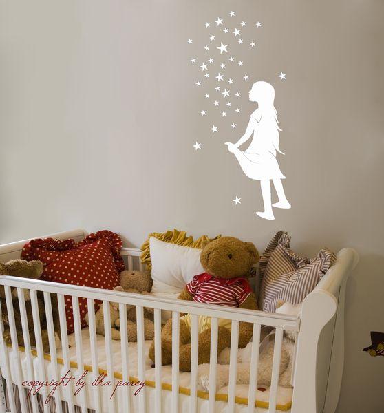 Wandtattoo+Wandaufkleber+Sternenmädchen+M532+von+deinewandkunst+auf+DaWanda.com