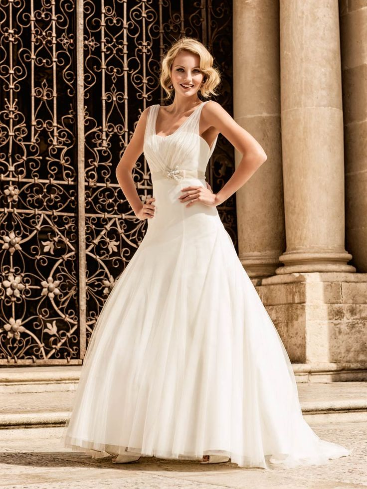 Vivica marylise wedding dresses and bridal gowns for Wedding dress shops in syracuse ny