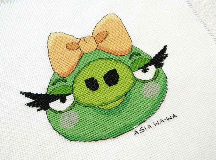 Angry Birds -Pig Girl