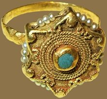 Fatimid ring, 9th-11th century Southern Spain: Fatimid Rings, Ancient Jewelry, 9Th 11Th Century, Rings Southern, Southern Spain, Turquoise Stars, Gold Rings, Turquoise Stone, Medieval Rings Com
