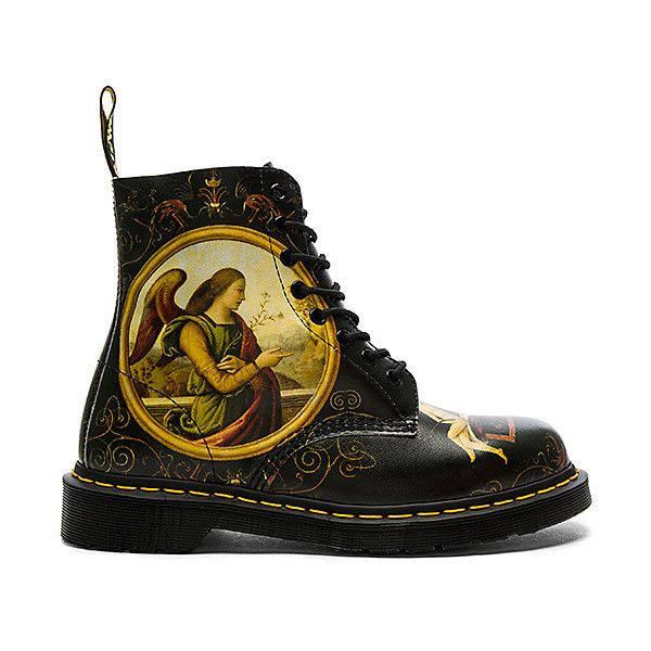 Dr. Martens Pascal 8 Eye Boot (510 BRL) ❤ liked on Polyvore featuring men's fashion, men's shoes, men's boots, footwear, boots, dr martens mens shoes, mens lace up boots, dr martens mens boots and mens lace up shoes