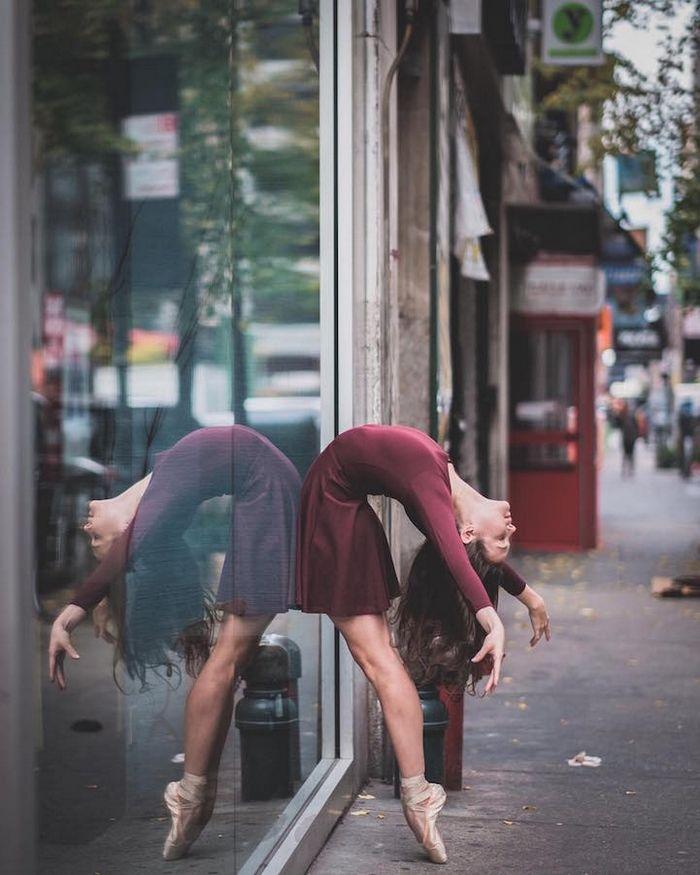 Imponentes retratos de bailarines de ballet practicando en las calles de Nueva York