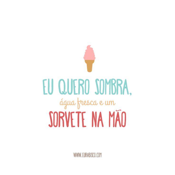 Um sorvete na mão