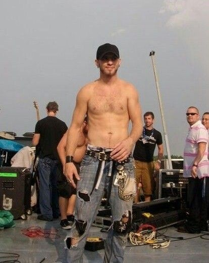 20 Very Important Photos of Brantley Gilbert