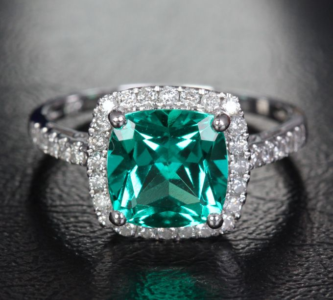 17 Best ideas about Green Engagement Rings 2017 on Pinterest | Green rings, Emerald  engagement rings and Pretty rings