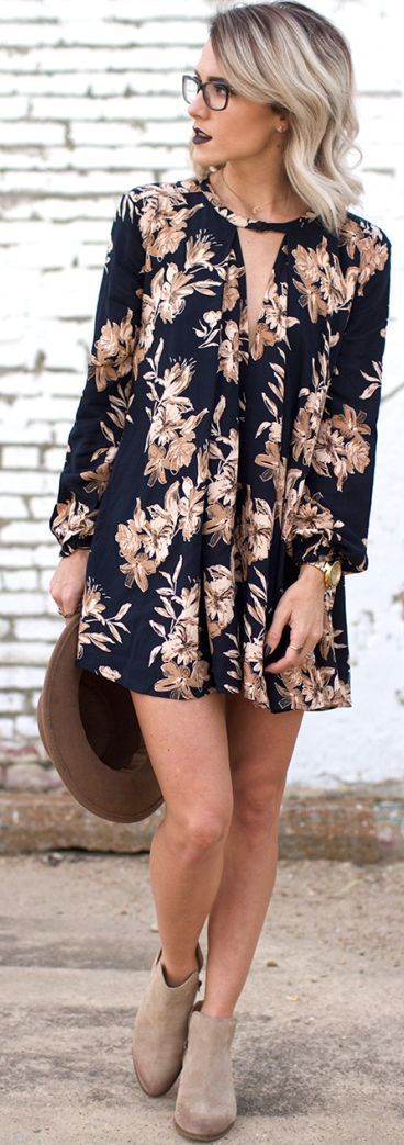 Chic street style   Floral loose dress, ankle boots and hat