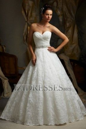 A-Line Ball Gown Strapless Sweetheart Lace Wedding Dress - IZIDRESS.com