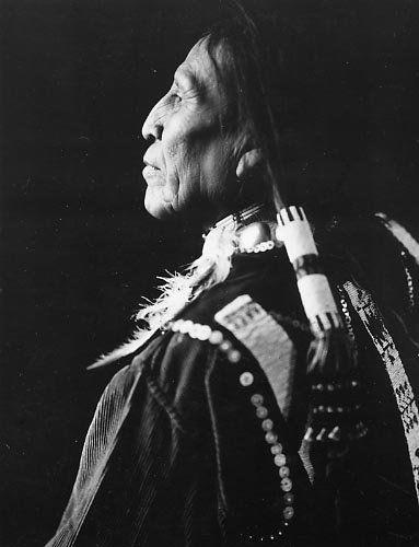 Juan Cordova - Jicarilla Apache - 1913➳ʈɦuɲɖҽɽwσℓʄ➳