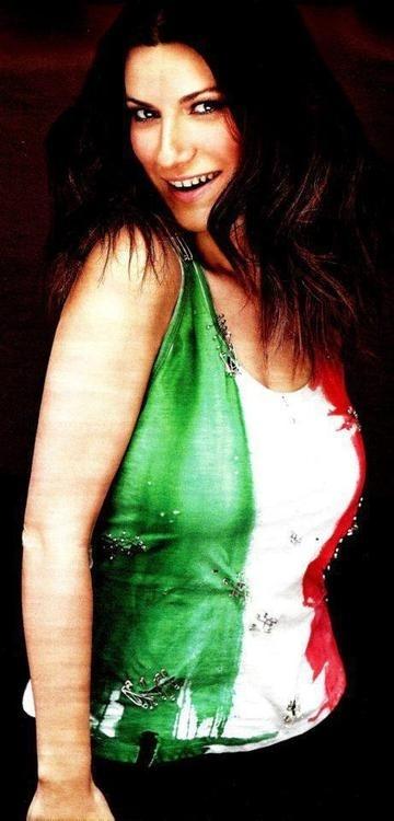 Laura Pausini, my best italian singer ! love her