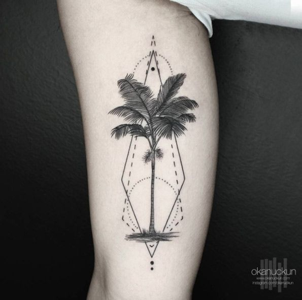 Geometric palm tree design by Okan Uckun