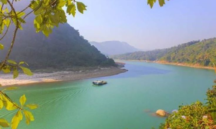 When In Doubt, Be Spontaneous And Take A River Rafting Trip In Rishikesh >> >> >> >>  Rishikesh #WaterRafting takes your experience to whole new levels thanks to the breathtakingly beautiful surroundings. There are a variety of rapids which makes it an appropriate spot for everyone according to their level of experience and expertise. In this article, i will be covering all the important facets of #RiverRafting in #Rishikesh.