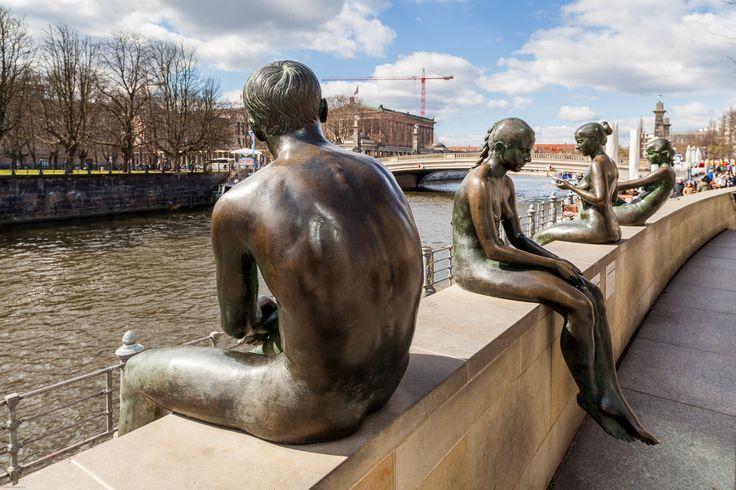 Bronze Sculpture at Spree River by Alfio Finocchiaro on 500px