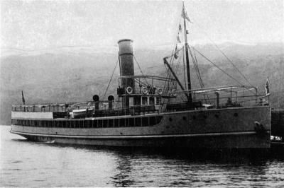 The fine modern lake steamer, Earnslaw, lying at Kingston wharf. - Otago Witness, 30.10.1912. Copies of picture available from ODT front office, Lower Stuart St, or www.otagoimages.co.nz