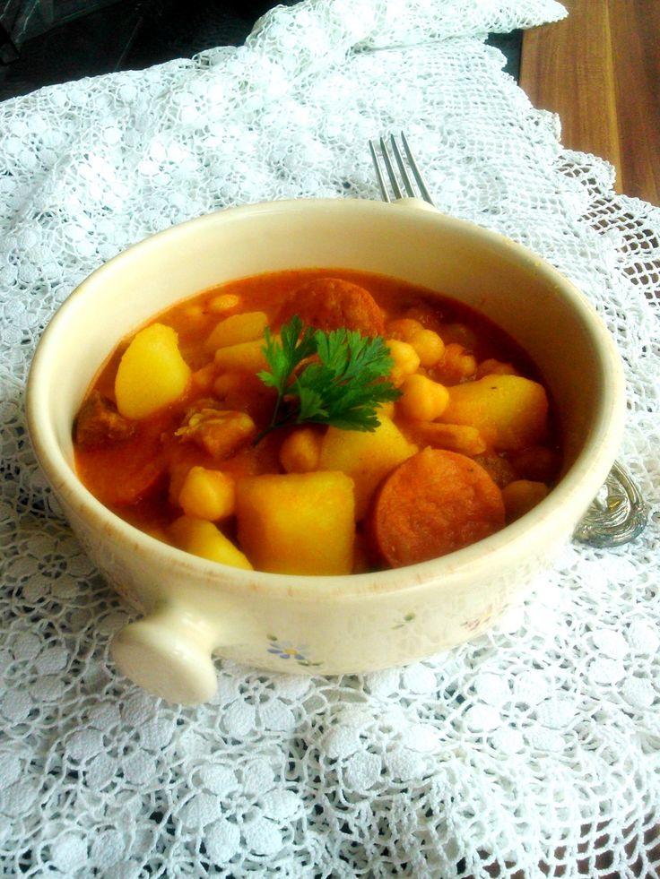 Paprikás krumpli egy kicsit felturbózva - Hungarian potato pot with some extras